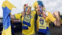 Fanoušci Švédska před zápasem s Dány.