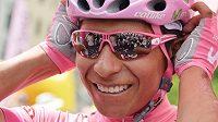 Nairo Quintana zůstal v růžovém trikotu pro vedoucího muže Giro d'Italia.