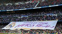 Fanoušci Realu Madrid před odvetou s Bayernem.