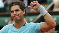 Radost Rafaela Nadala po postupu do čtvrtfinále French Open.
