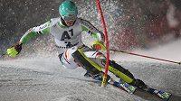 Felix Neureuther na trati závodu Světového poháru v Kitzbühelu.