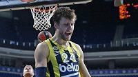 Český basketbalista Jan Veselý dotáhl Fenerbahce Istanbul k další výhře v Eurolize.