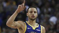 Hvězdný Stephen Curry z Golden State Warriors při utkání s Minnesotou Timberwolves.