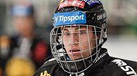 Šestnáctiletý Jan Myšák z Litvínova si odbyl extraligový debut.