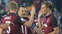 Fotbalisté Sparty se radují z gólu v síti Slovácka. Zleva Jakub Brabec, David Lafata a Bořek Dočkal.