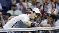 Rozčilený Andy Murray ve čtvrtfinále US Open.