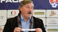 Antonín Panenka rozlosoval čtvrtfinálová utkání Poháru FAČR.