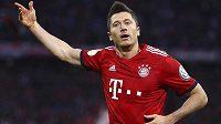 Kanoný Bayernu Robert Lewandowski proměnil penaltu a favorit poslal ze hry v poháru druholigového soka.