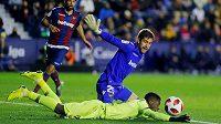 Fotbalová Barcelona šetřila v pohárovém utkání na půdě Levante opory, pak prohrála 1:2.