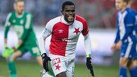 Michael Ngadeu Ngadjui ze Slavie oslavuje gól na 1:0 proti Mladé Boleslavi.