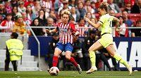 Zápas španělské fotbalové ligy žen mezi Atlétikem Madrid a Barcelonou (0:2) se odehrál před rekordní diváckou návštěvou.