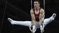 Kanadský gymnasta Cory Paterson v akci na mistrovství světa.