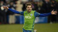 Rakouský fotbalista Andreas Ivanschitz v dresu Seattle Sounders slaví gól proti Torontu ve finále MLS.
