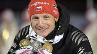 Stříbrem ze závodu na 15 km s masovým startem Ondřej Moravec zkompletoval medailovou sbírku z MS.