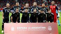Fotbalisté Argentiny před začátkem přípravného duelu se Španělskem - ilustrační foto.