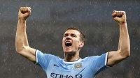 Edin Džeko z Manchesteru City jásá, střelecky se výrazně prosadil i proti Aston Ville.