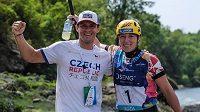 Radost s trenérem, vodní slalomářka Tereza Fišerová (vpravo) je mistryní Evropy do 23 let. Zdroj: Instagram\fiserka123