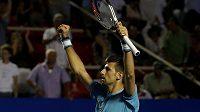 I hvězdný tenista Novak Djokovič ze Srbska je pro změnu pravidel.