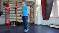 Bývalý boxer Lukáš Konečný švihadlo sice nemá rád, ale má ho!
