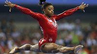 Simone Bilesová na světovém šampionátu v Číně, kde získala čtyři zlaté medaile.
