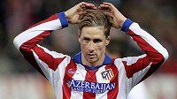 Útočník Atlétika Madrid Fernando Torres v duelu proti Realu.