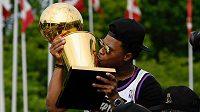 Loni už bylo o vítězi NBA dávno rozhodnuto. S trofejí se mohl těšit i Kyle Lowry z Toronta.