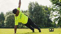 Pro udržení dobré kondice je kompenzační cvičení nezbytné.