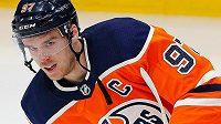 Kapitán Edmontonu a hvězda NHL Connor McDavid.