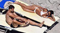 Grigor Dimitrov a Nicole Scherzingerová během dovolené na Capri.