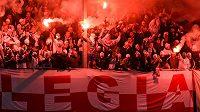 Fanoušci Legie Varšava během utkání Evropské ligy s Lokerenem.