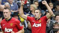 Útočník Manchester United Robin Van Persie (vpravo).
