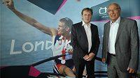 Generální ředitel ČT Petr Dvořák (vlevo) a předseda ČOV Milan Jirásek při představení projektu vysílání ČT z her v Londýně.