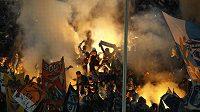 Fanoušci Olympique Marseille v Dortmundu.