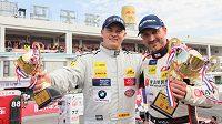 Budou Adam Lacko (vlevo) a David Vršecký v Číně znovu rýžovat poháry...?