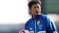 Brzy 52letý Japonec Kazujoši Miura se domluvil na nové smlouvě v japonském druholigovém celku Jokohama FC.