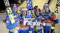 Rakouští skokané Thomas Diethart (druhý zleva), Stefan Kraft, Michael Hayboeck (vpravo) a Gregor Schlierenzauer (vlevo) slaví vítězství v Lahti.