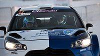 Fin Valtteri Bottas nedávno startoval v Laponské rallye se spolujezdcem Timo Rautiainenem.
