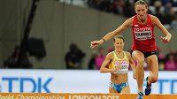 Lucie Sekanová v rozběhu na 3000 m překážek na mistrovství světa v Londýně.