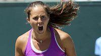 Ruská tenistka Daria Kasatkinová postoupila do finále dvouhry na turnaji v Charlestonu.