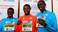 Trio keňských hvězd sobotní Birell Grand Prix: Helah Kipropová, Geoffrey Mutai a Geoffrey Ronoh.