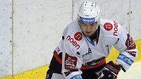 Dvacetiletý hokejový obránce Ondřej Buchtela (na snímku z 21. října 2018) zemřel. Prohrál boj s rakovinou, bývalý mládežnický reprezentant měl zhoubný nádor na srdci.