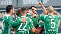 Fotbalisté Bohemians oslavují gól na 1:0 během utkání 13. kola Fortuna ligy s Opavou.