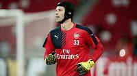 Petr Čech, nově s číslem 33, začíná v Arsenalu další kapitolu své kariéry.