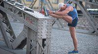 Čím více je člověk ve stáří aktivní, tím více svalů mu zbude.