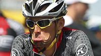 Lance Armstrong přijde o všech sedm titulů z Tour de France.
