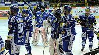 Smutek brněnských hokejistů po porážce v Litvínově.