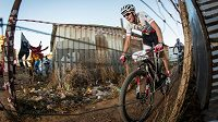 Jaroslav Kulhavý při charitativním závodě Champions Race v jihoafrickém Kayamandi.