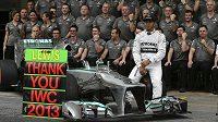 Díky lanaři Laudovi už je Lewis Hamilton chloubou Mercedesu...