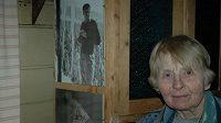 """Eva Novotná zavzpomínala na chalupě v malebném Pekle v Jizerských horách, jak před padesáti lety zemřel při zemětřesení v Peru její manžel - horolezec Zdeněk """"Bamba"""" Novotný."""