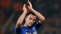 Kapitán Chelsea John Terry se chystá odejít z Anglie.